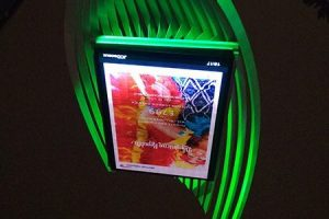 Lighting for outdoor advertising
