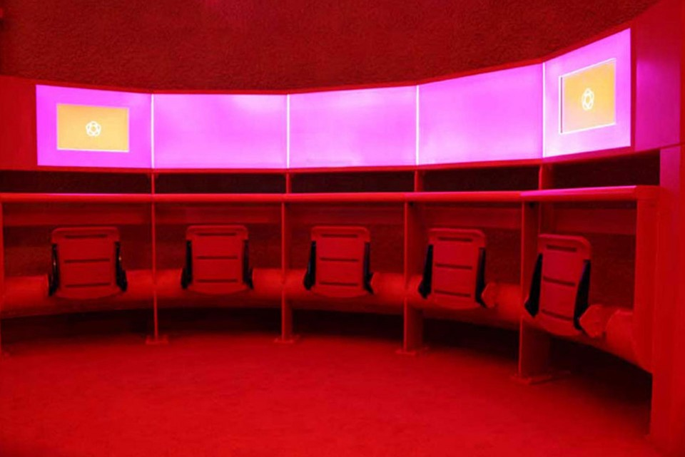 RGB lighting for exhibitions