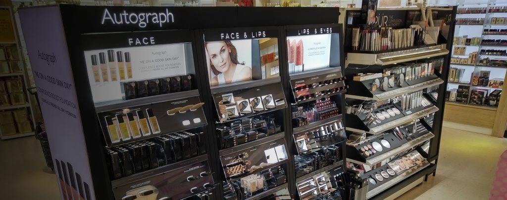 Lighting for retail display