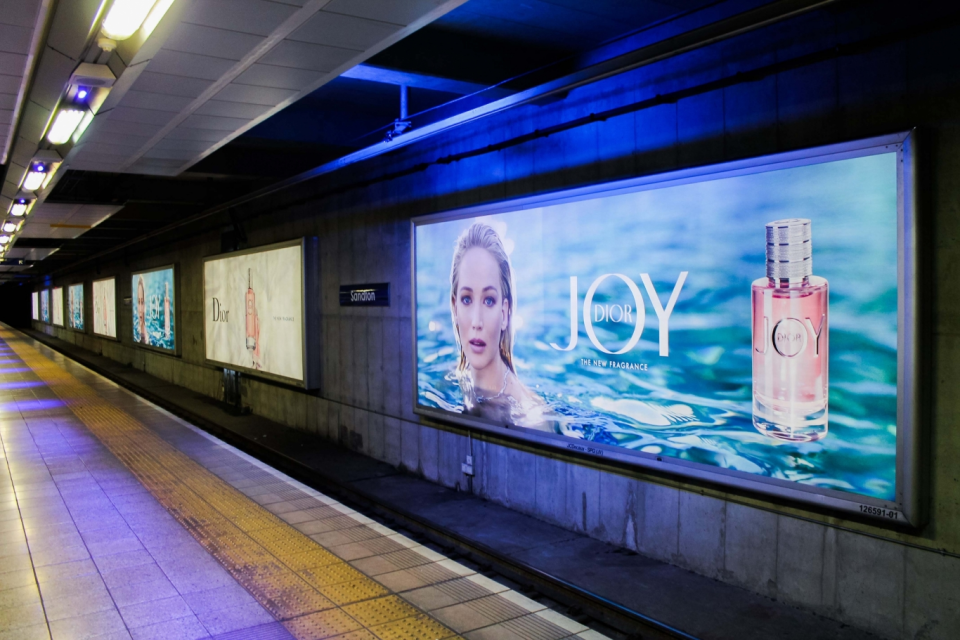 JCDecaux Gautrain advertising lightboxes