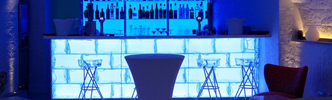 The Igloo Bar, UK