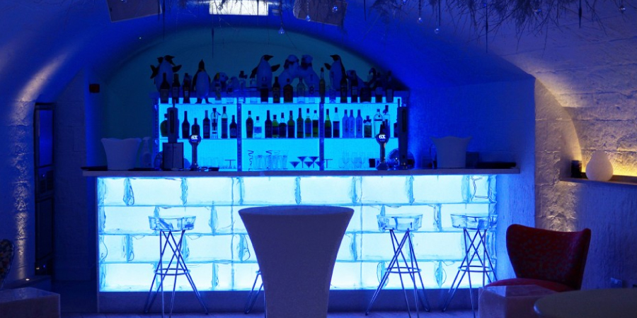 Igloo-Bar-gallery1